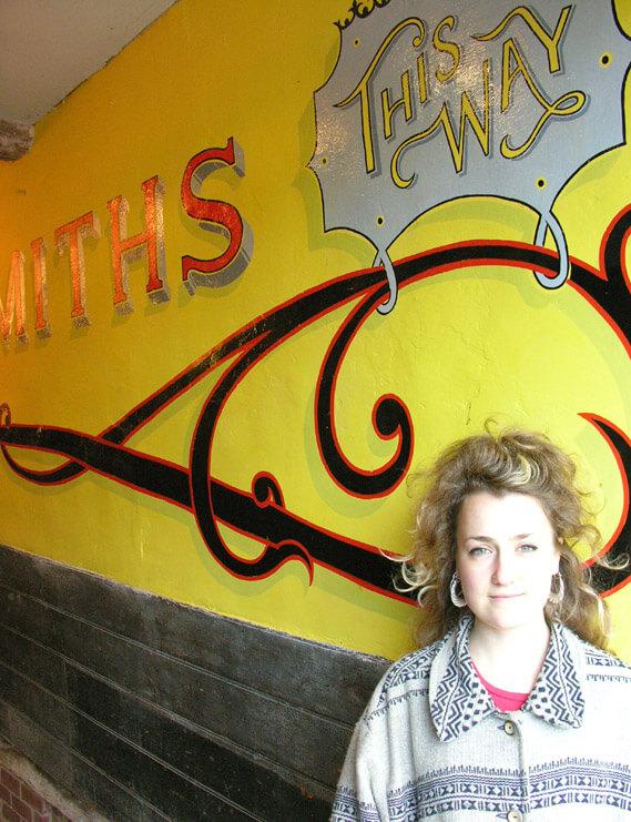 Hannah Whaler Signwriter